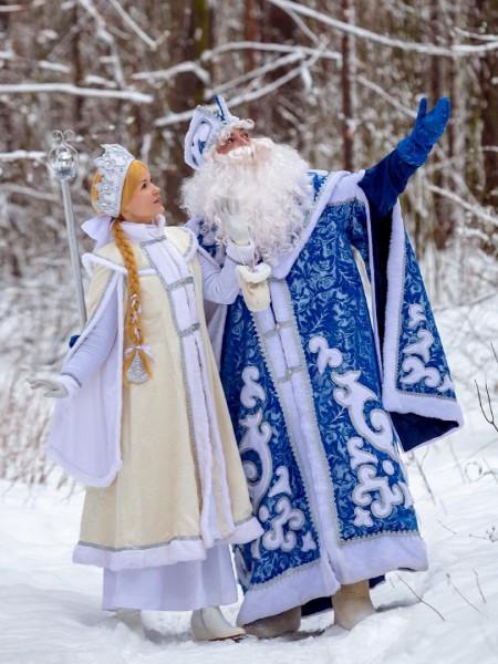 Дед Мороз и Снегурочка от Good Wood