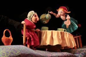 Красная шапочка в театре кукол