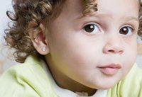 Прокалывание ушей ребёнку