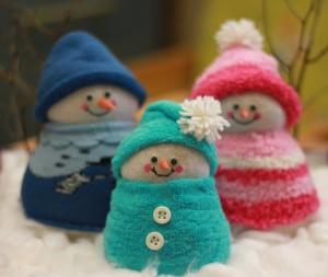 Папа, мама, я - снеговичков семья!