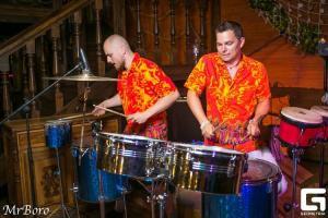 Шоу барабанов StarBuka bongo-bongo