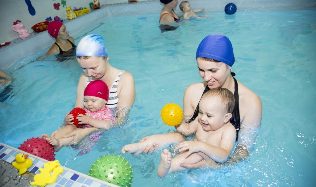 Грудничковое плавание в Ярославле