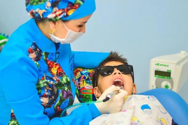 Самые вредные сладости для зубов